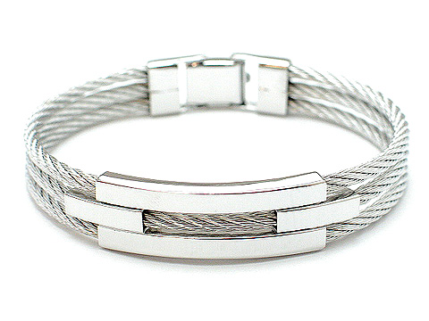 Designer silver tone cable 3 row clasp 12mm wide $35