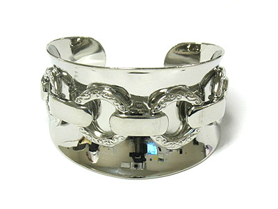 Wide layer cuff Rhodium $25